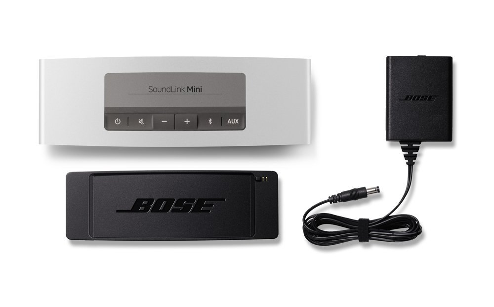 Bose SoundLink Mini Bluetooth Speaker box